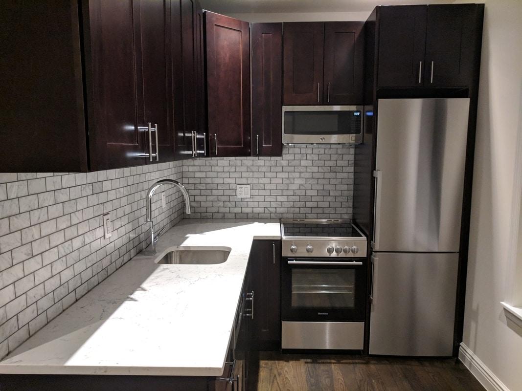 $950/mo Single Room in Beautiful New York City Luxury Apartment photo