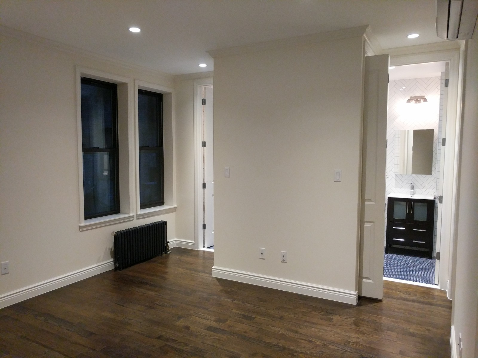 $950/mo Single Room in Beautiful New York City Luxury Apartment for rent