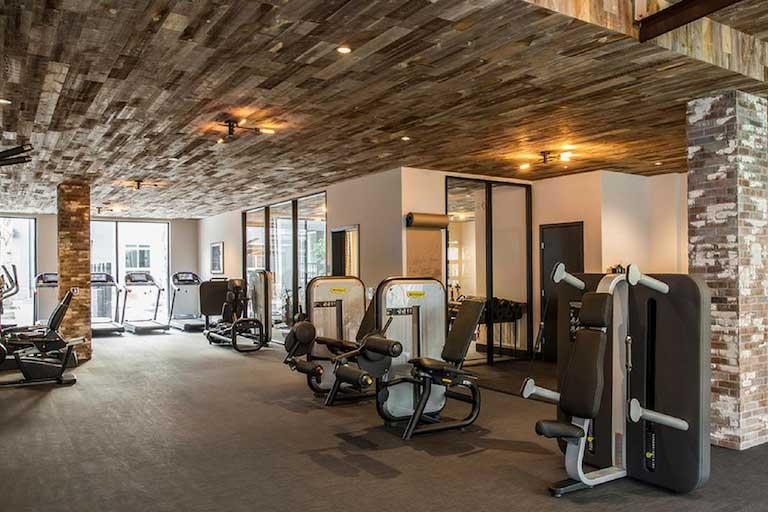 $940/mo Single Room in Beautiful Los Angeles Luxury Apartment rental