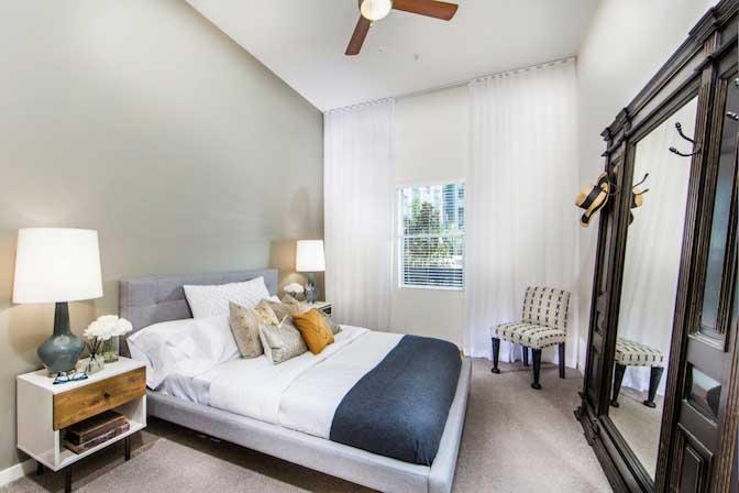 $700/mo Single Room in Beautiful Los Angeles Luxury Apartment